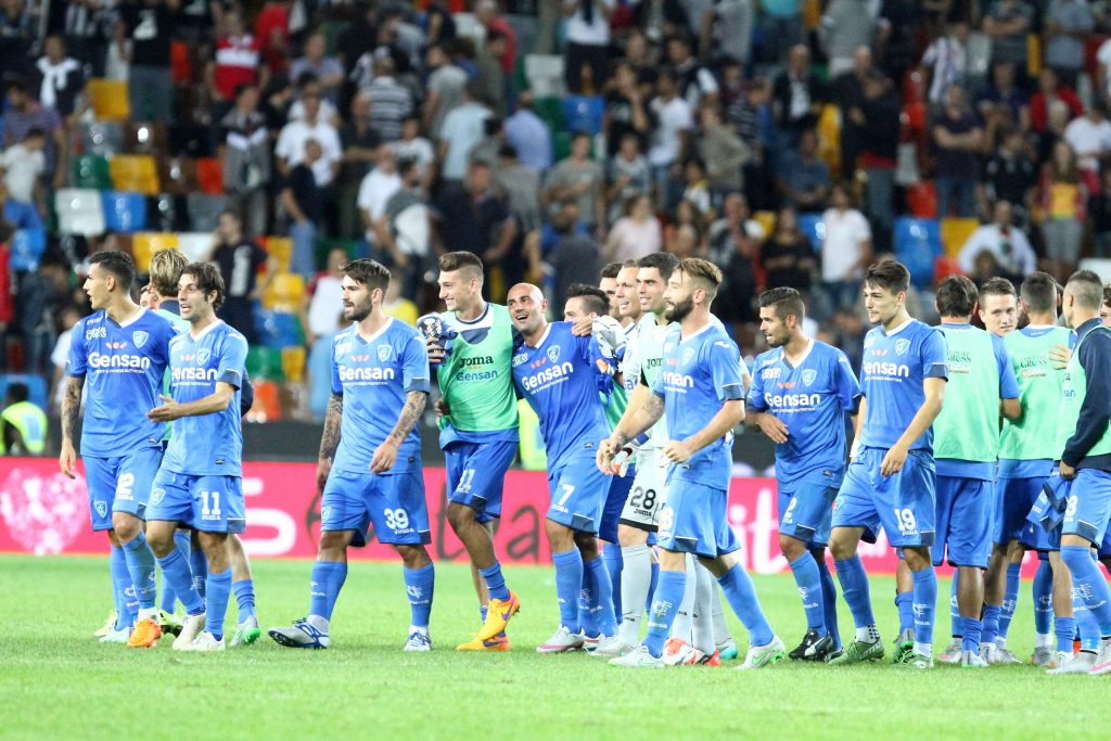 F2HP9B Udine, Italy. 19th September, 2015. Empoli's players celebrates the end of the match during the Italian Serie A football match between Udinese Calcio v Empoli at Friuli Stadium on 19 September, 2015 in Udine. © Andrea Spinelli/Alamy Live News