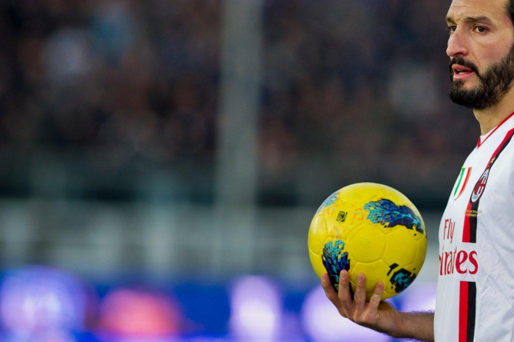 "C9J3YF Gianluca Zambrotta (Milan), JANUARY 8, 2012 - Football / Soccer : Italian ""Serie A"" match between Atalanta 0-2 AC Milan at Atleti Azzurri d'Italia Stadium, Bergamo, Italy, (Photo by Maurizio Borsari/AFLO) [0855]"