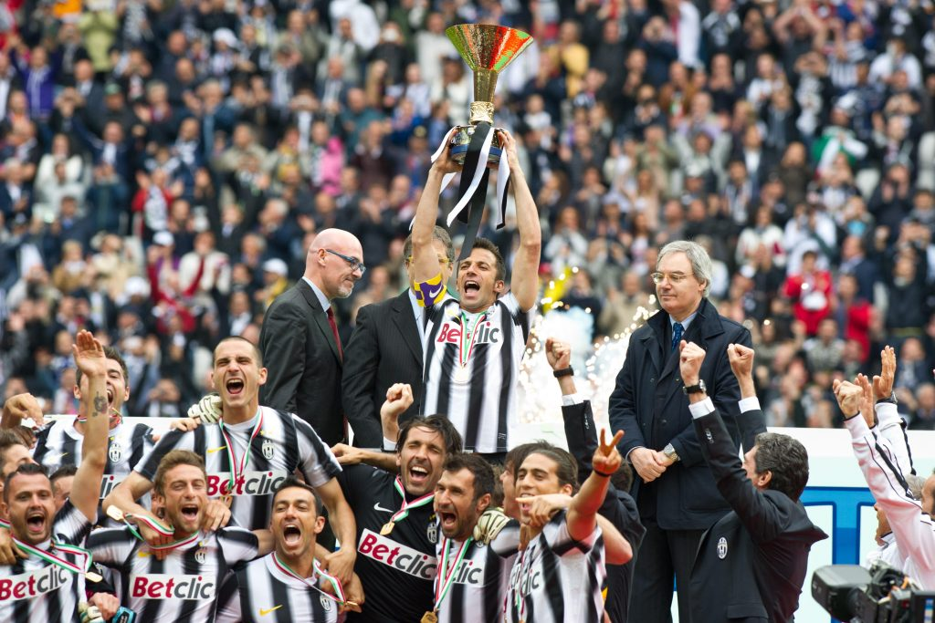 "CB0A2Y Alessandro Del Piero (Juventus),  MAY 13, 2012 - Football / Soccer :  Alessandro Del Piero of Juventus holds a trophy during the Italian ""Serie A"" match between Juventus 3-1 Atalanta at Juventus Stadium in Turin, Italy. (Photo by Enrico Calderoni/AFLO SPORT) [0391]"