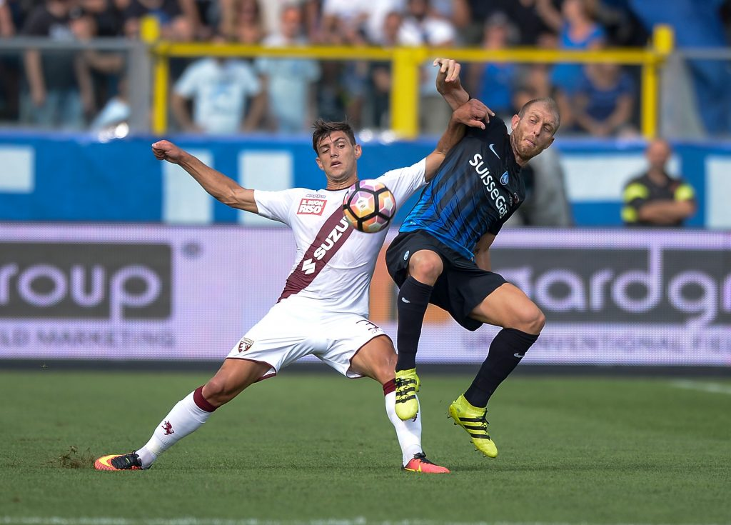 GW5T7D Bergamo, Italy. 11th Sep, 2016. Lucas Boye (left) and Andrea Masiello compete for the ball during the Serie A football match between Atalanta BC and Torino FC. Atalanta BC wins 2-1 over Torino FC. © Nicolo Campo/Pacific Press/Alamy Live News