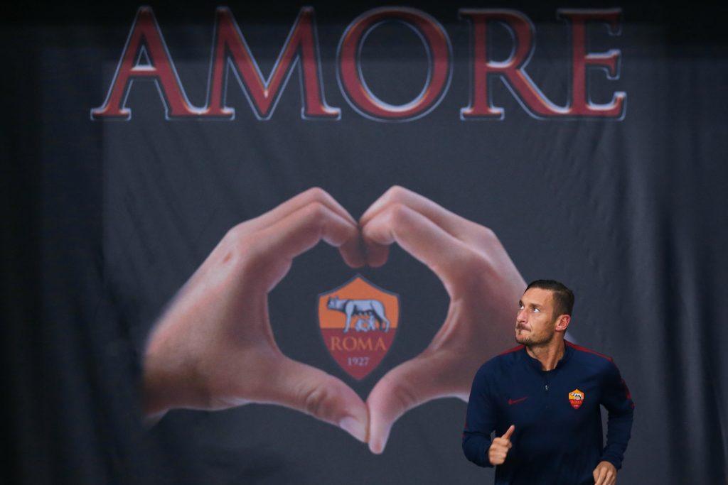 H3K35K Roma, Italy. 29th Sep, 2016. Francesco Totti (Roma) Football/Soccer : UEFA Europa League Matchday 2 Group E match between AS Roma 4-0 FC Astra Giurgiu at the Stadio Olimpico in Roma, Italy . © Mutsu Kawamori/AFLO/Alamy Live News