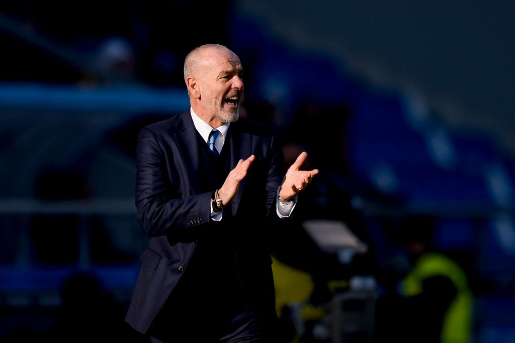 HEEP0P Reggio nell'Emilia, Italy. 2016, 18 december: Stefano Pioli, head coach of FC Internazionale, gestures during the Serie A football match between US Sa