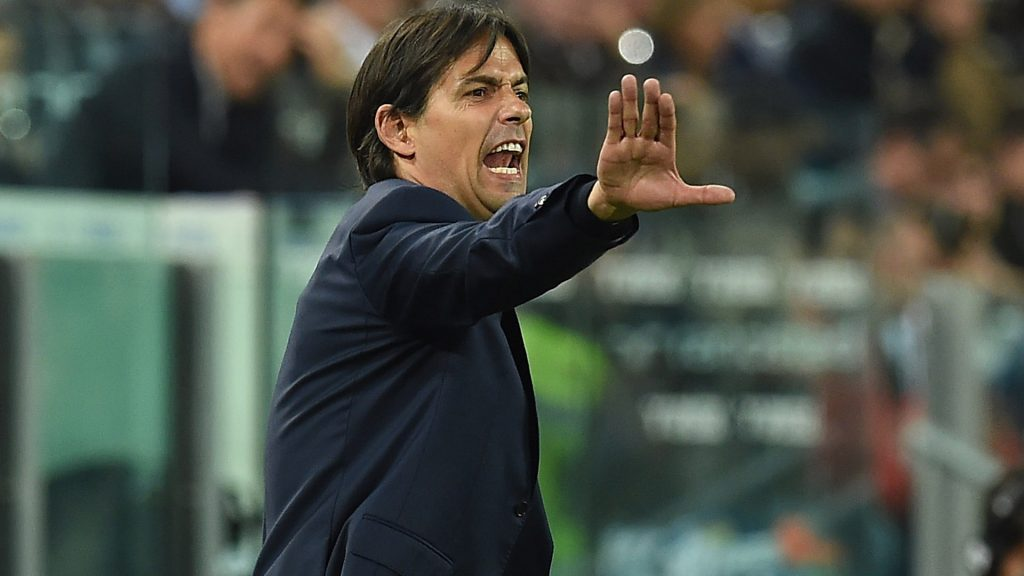 TURIN, ITALY - APRIL 20:  SS Lazio head coach Simone Inzaghi sreacts during the Serie A match between Juventus FC and SS Lazio at Juventus Arena on April 20, 2016 in Turin, Italy.  (Photo by Valerio Pennicino/Getty Images)