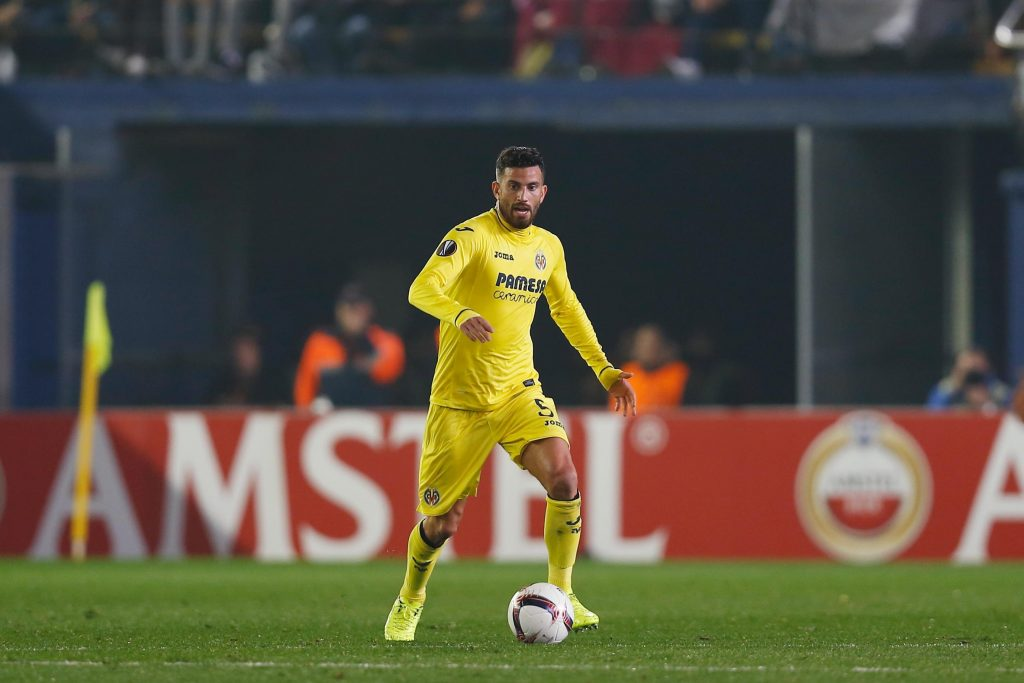 HPC4DG Villarreal, Spain. 16th Feb, 2017. Mateo Musacchio (Villarreal) Football/Soccer : UEFA Europa League Round of 32 1st leg match between Villarreal CF 0-4 AS Roma at the Estadio de la Ceramica in Villarreal, Spain . Credit: Mutsu Kawamori/AFLO/Alamy Live News
