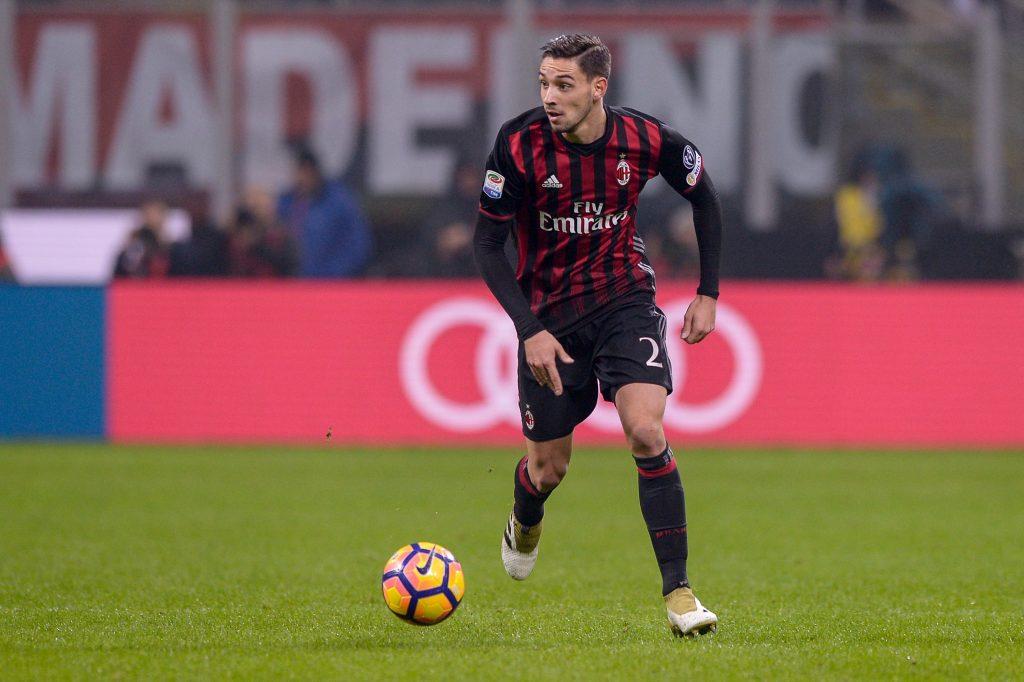 H9938W Milan, Italy. 20 november: Mattia De Sciglio of AC Milan in action during the Serie A football match between AC Milan and FC Internazionale.