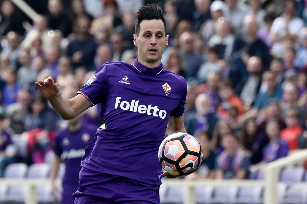 HYADRJ Florence, Italy. 02nd Apr, 2017. A.c.f. Fiorentina's Nikola Kalinic in action during the Italian Serie A soccer match between A.c.f. Fiorentina and Bologna F.c. at Artemio Franchi Stadium. Credit: Giacomo Morini/Pacific Press/Alamy Live News