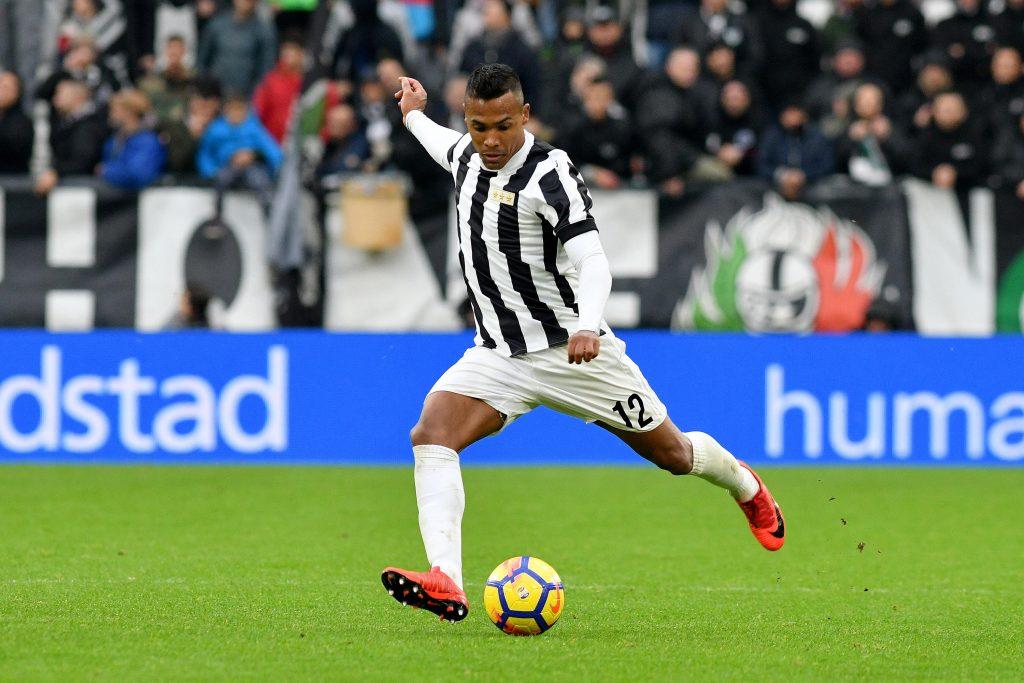 KHE8PP Alex Sandro Juventus  Torino 05-11-2017 Allianz Stadium Calcio Serie A 2017/2018 Juventus - Benevento Foto Giuliano Marchisciano / Insidefoto
