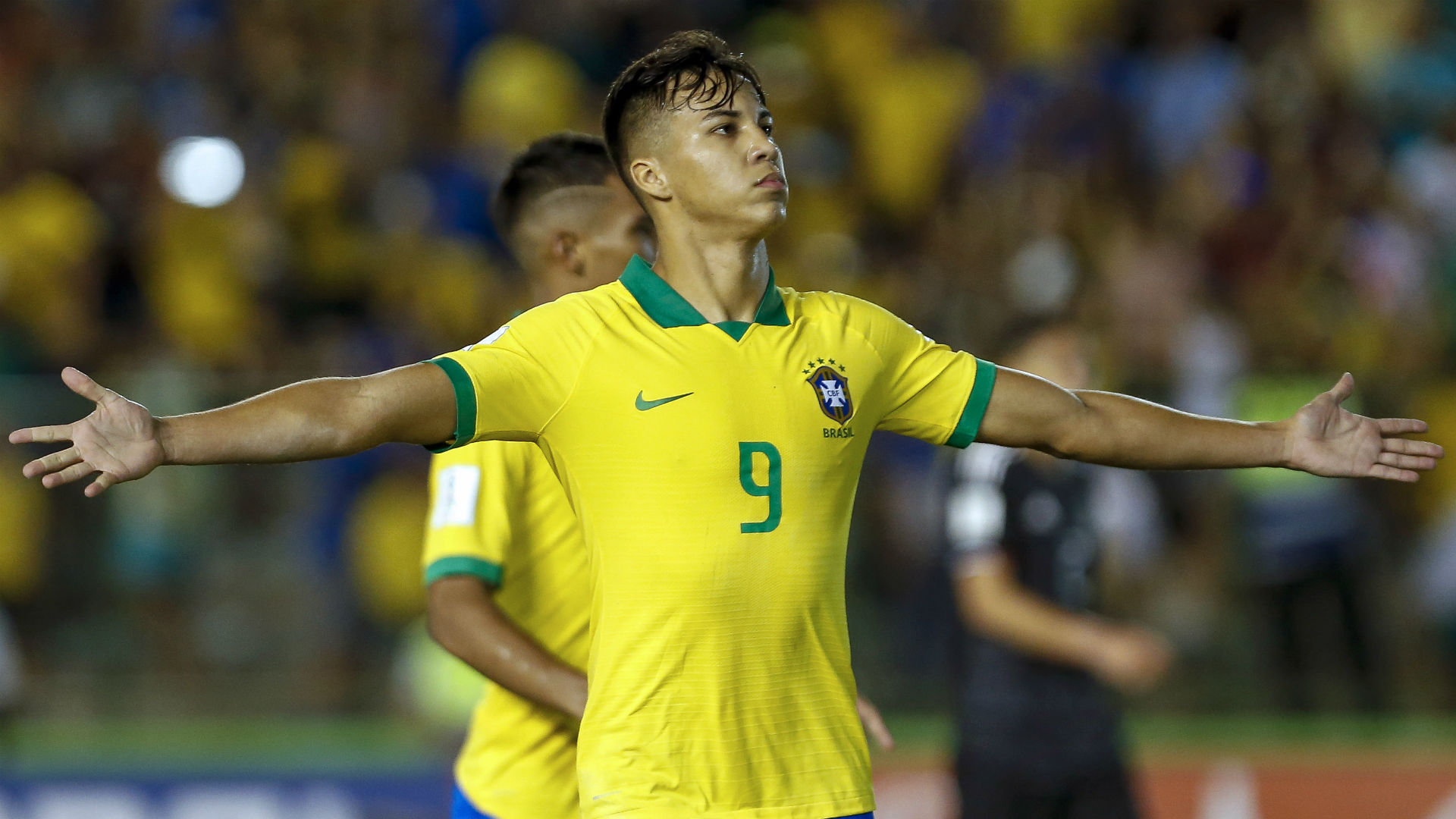Serie A giants in hot pursuit of 'New Neymar'